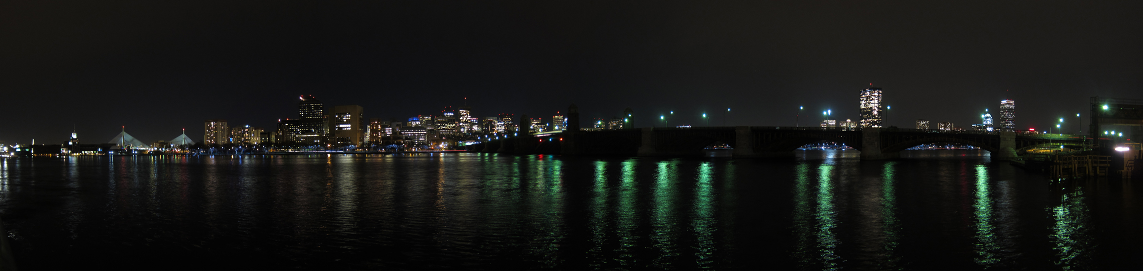 Boston Skyline Panorama.jpg