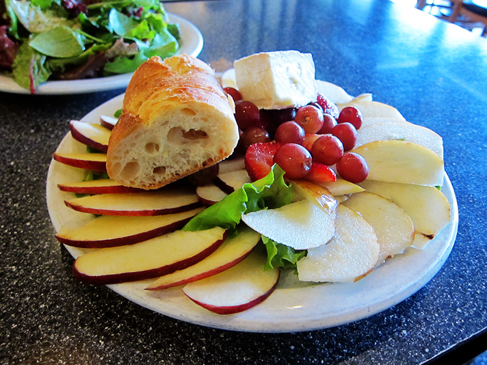 IMG_0080-printers-cafe-fruit-cheese-plate.jpg