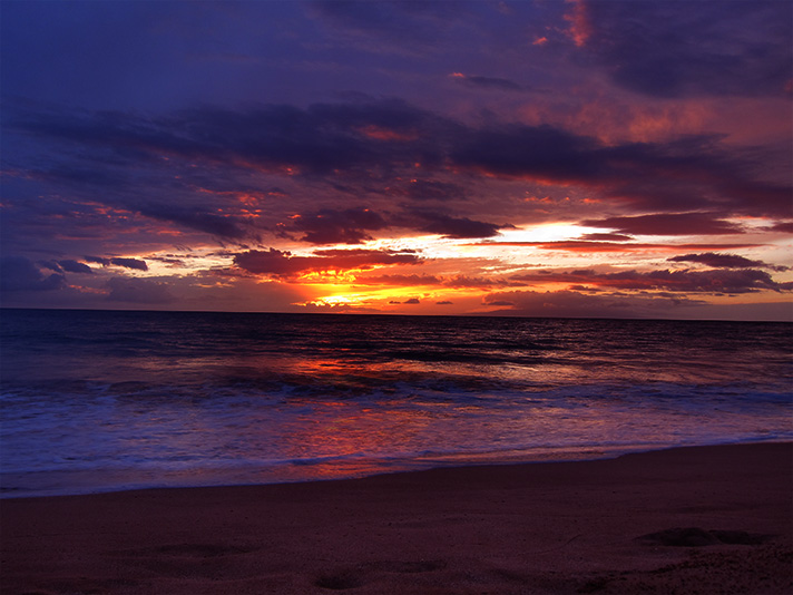 IMG_1558-sunset-in-maui.jpg